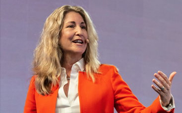 Ready for a morning full of inspiration and opportunities to learn? Join keynote speaker Tiffani Bova, growth and innovation evangelist with Salesforce, at our Tech Roundtable!  - REGISTER NOW